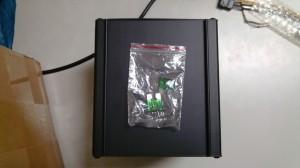 烤猫38g box只有主机一台,保险两片