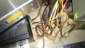 二手台式机电源为烤猫38g box提供电源