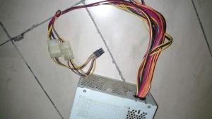 烤猫38g box比特币挖矿机电源仅供参考:二手台式机双电源